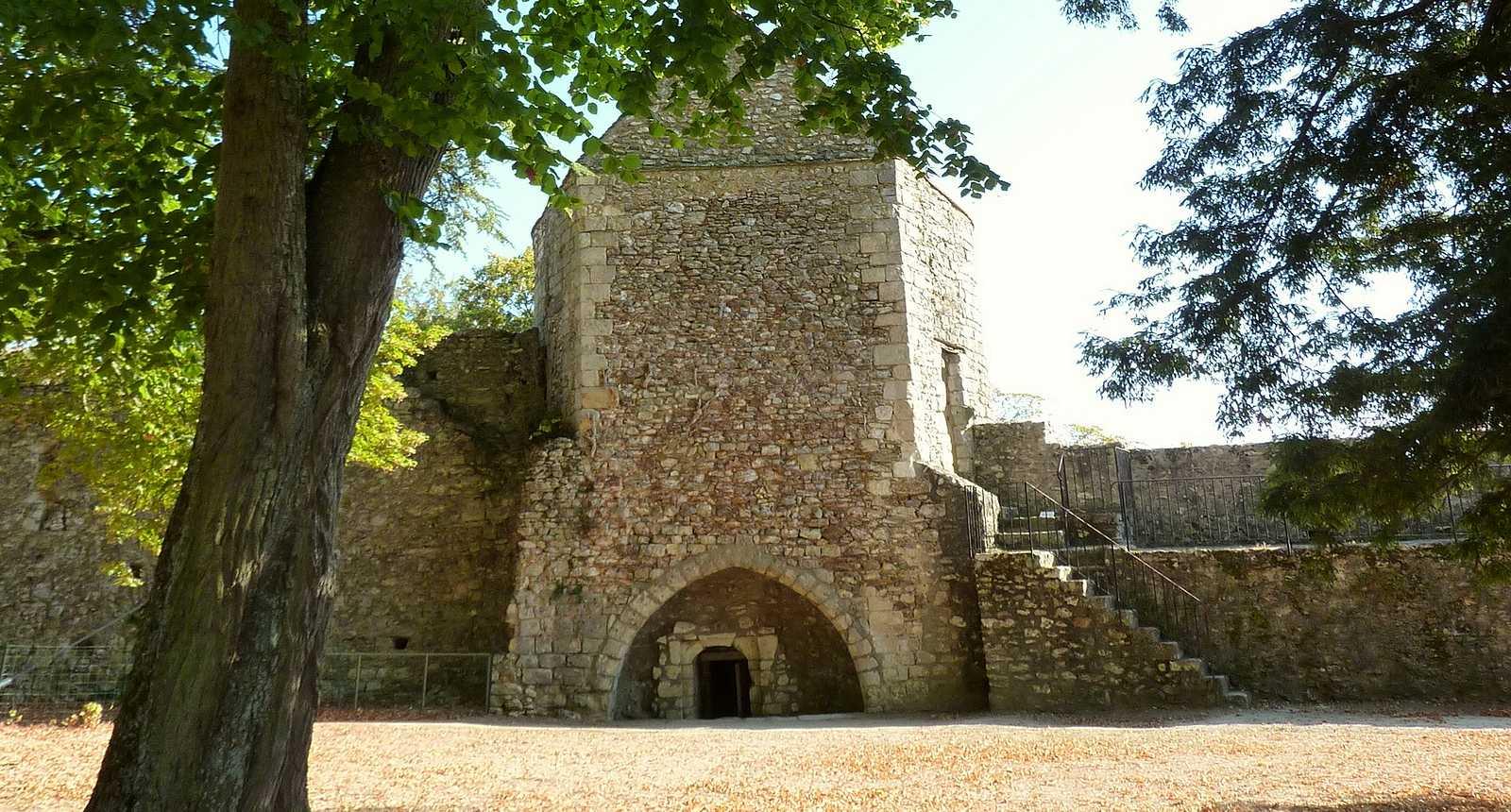 Fortifications du Château de Nogent-le-Rotrou