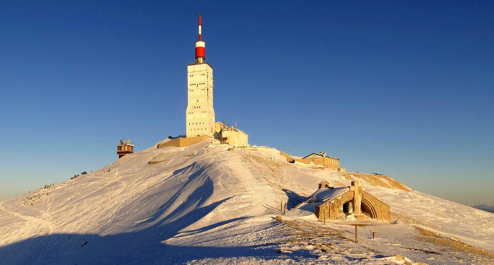 Un soir d'hiver au sommet du Mont Ventoux