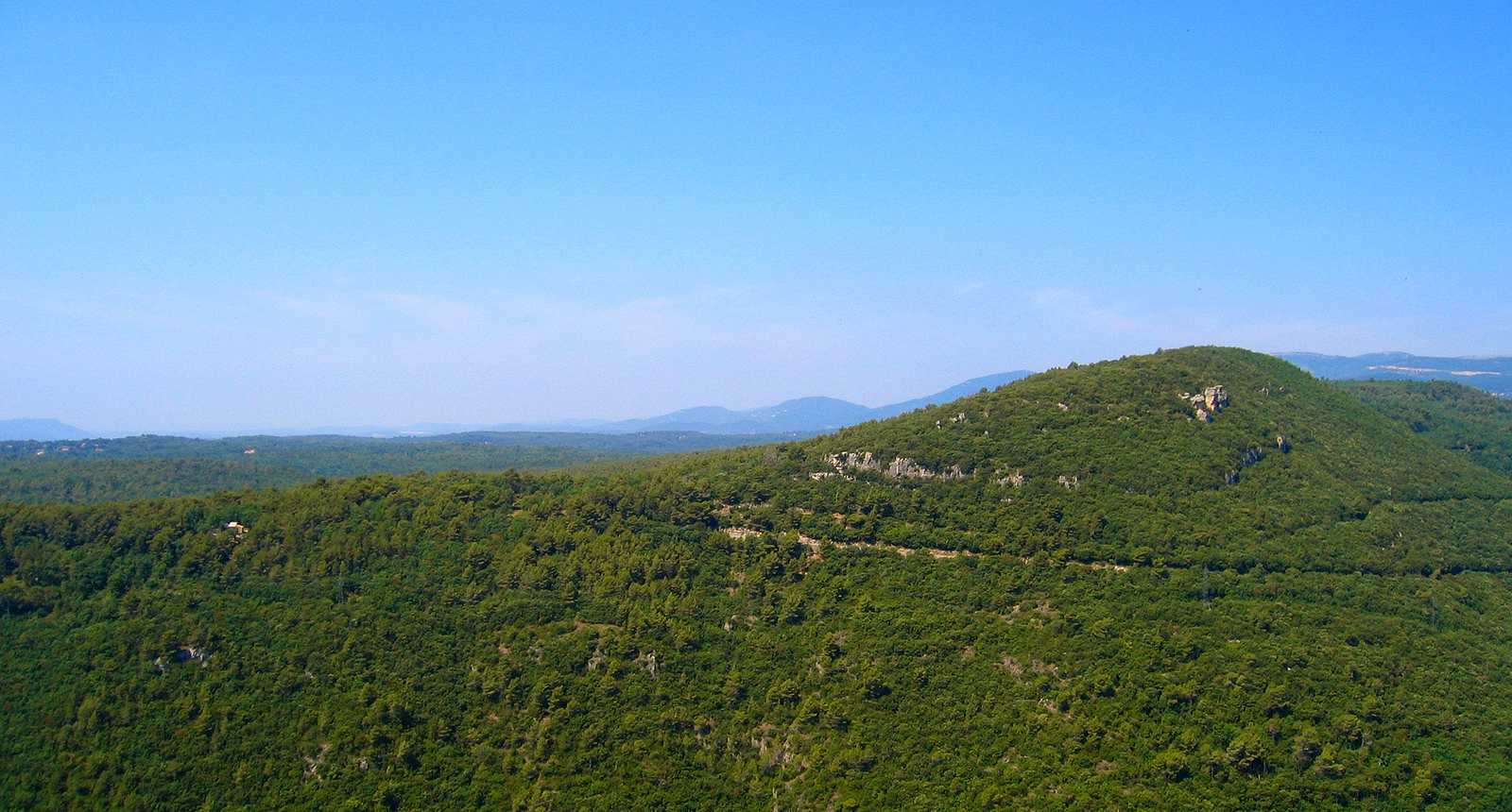 Vue sur les montagnes de Saint-Cézaire-sur-Ciagne