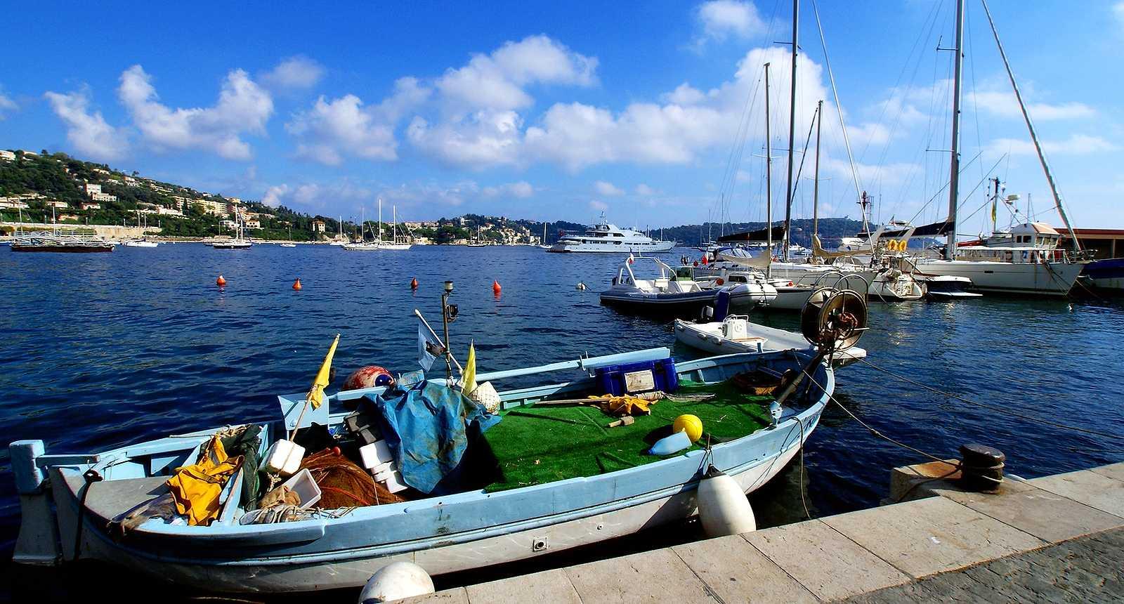 Barque de pêche au Cros-de-Cagne, lieu-dit de Cagnes-sur-Mer