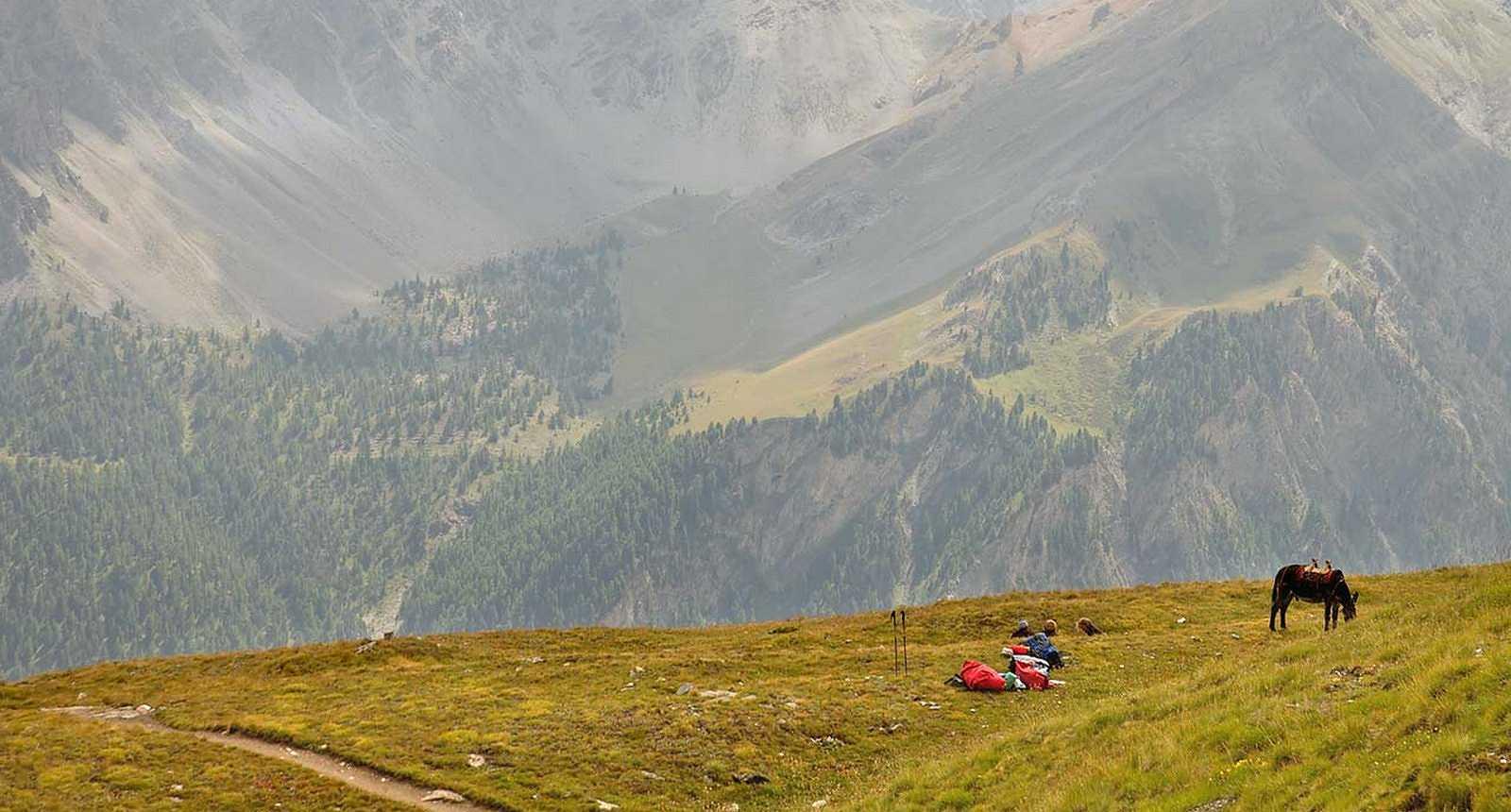 La Vallée de Ceillac et le Col des Estronques