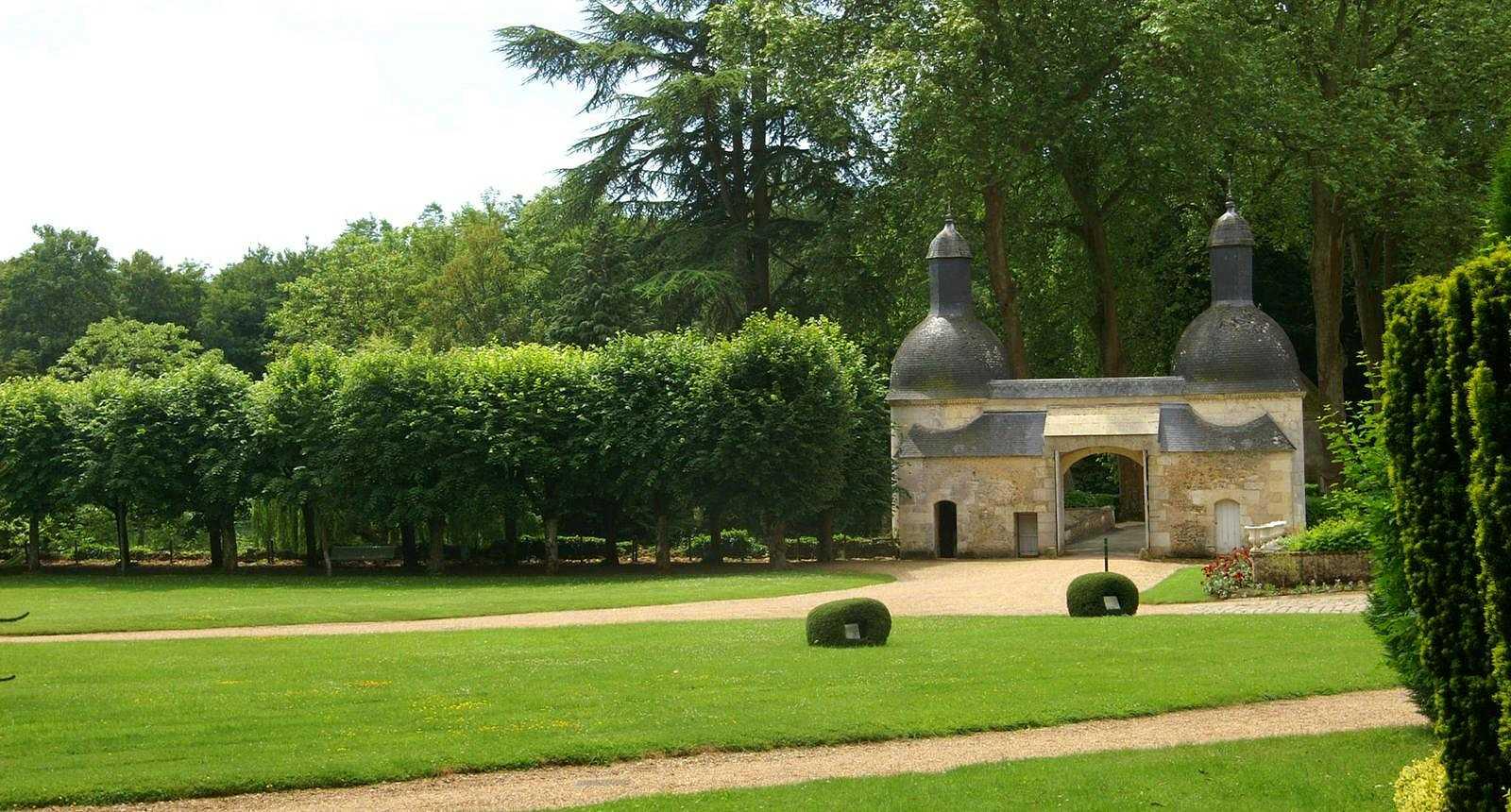 Jardin du Château de Courtanvaux à Bessé-sur-Braye