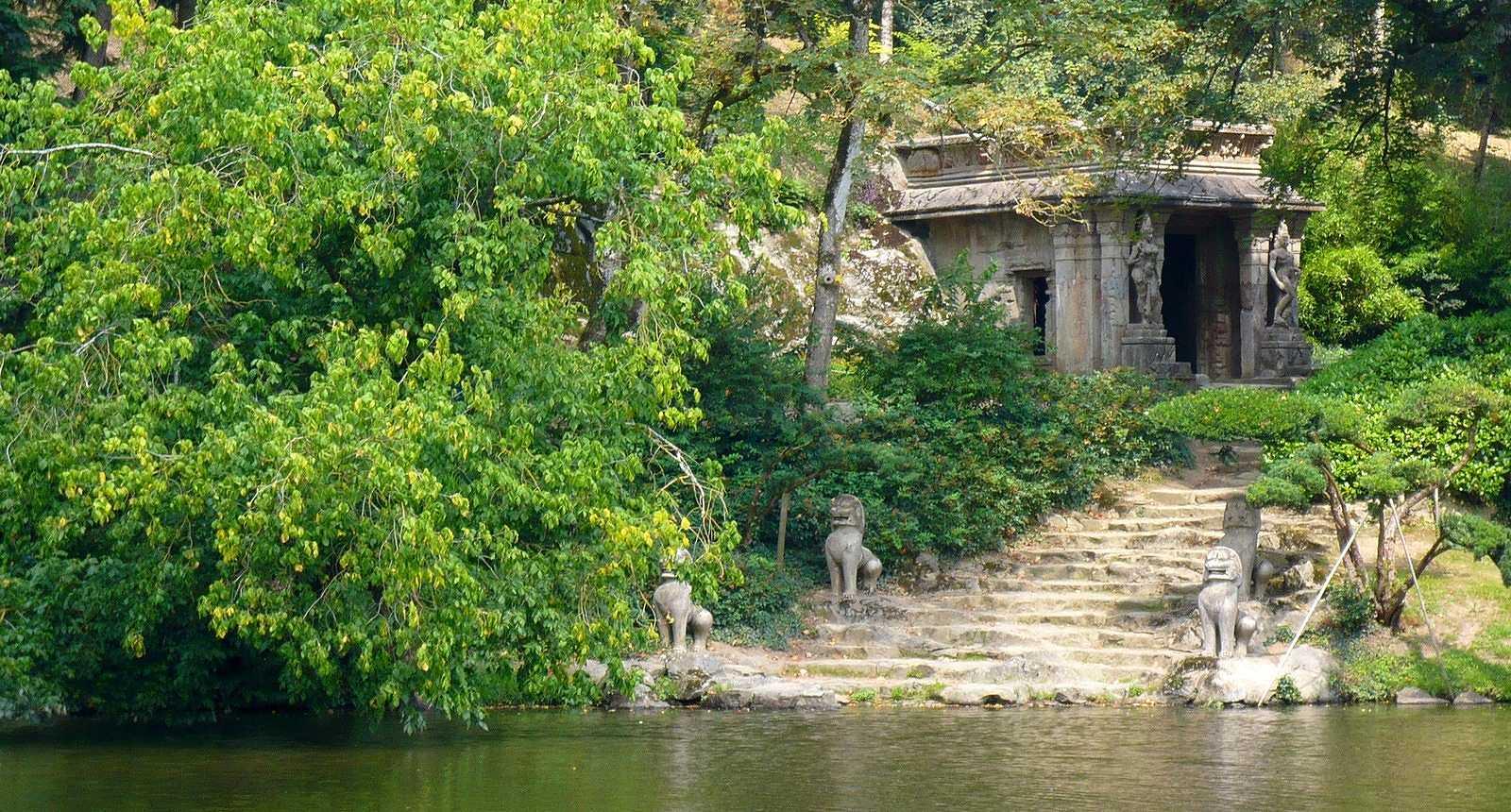 Temple Khmer, Parc Oriental de Maulévrier