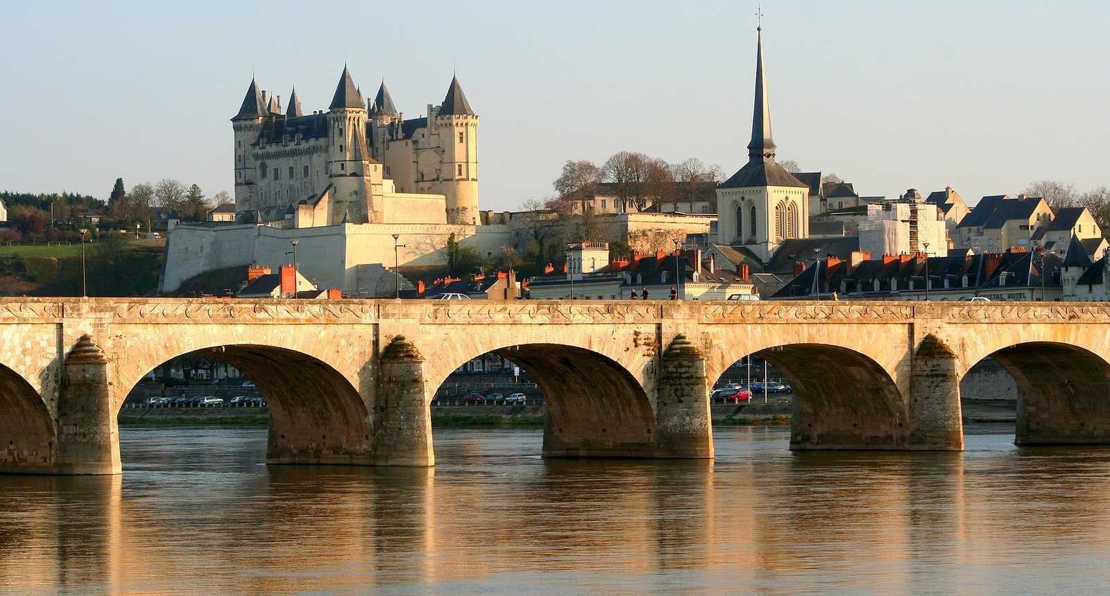 Pont et Château de Saumur