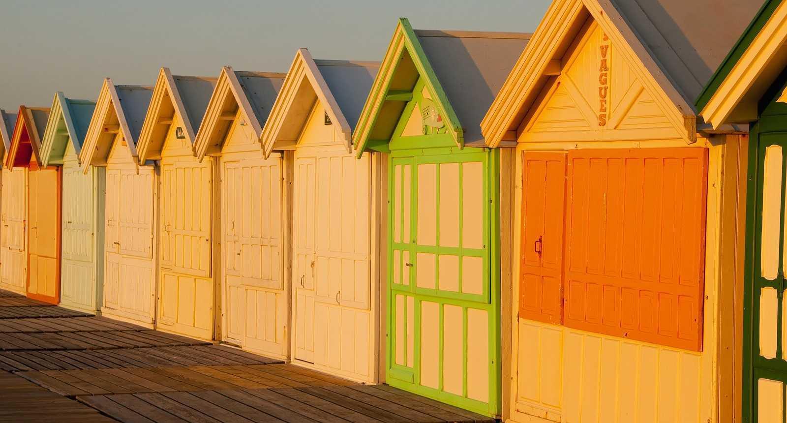 Photo Les cabines de plage le long du chemin des planchesà Cayeux sur Mer 2836 Diaporamas  # Cabines De Plage En Bois