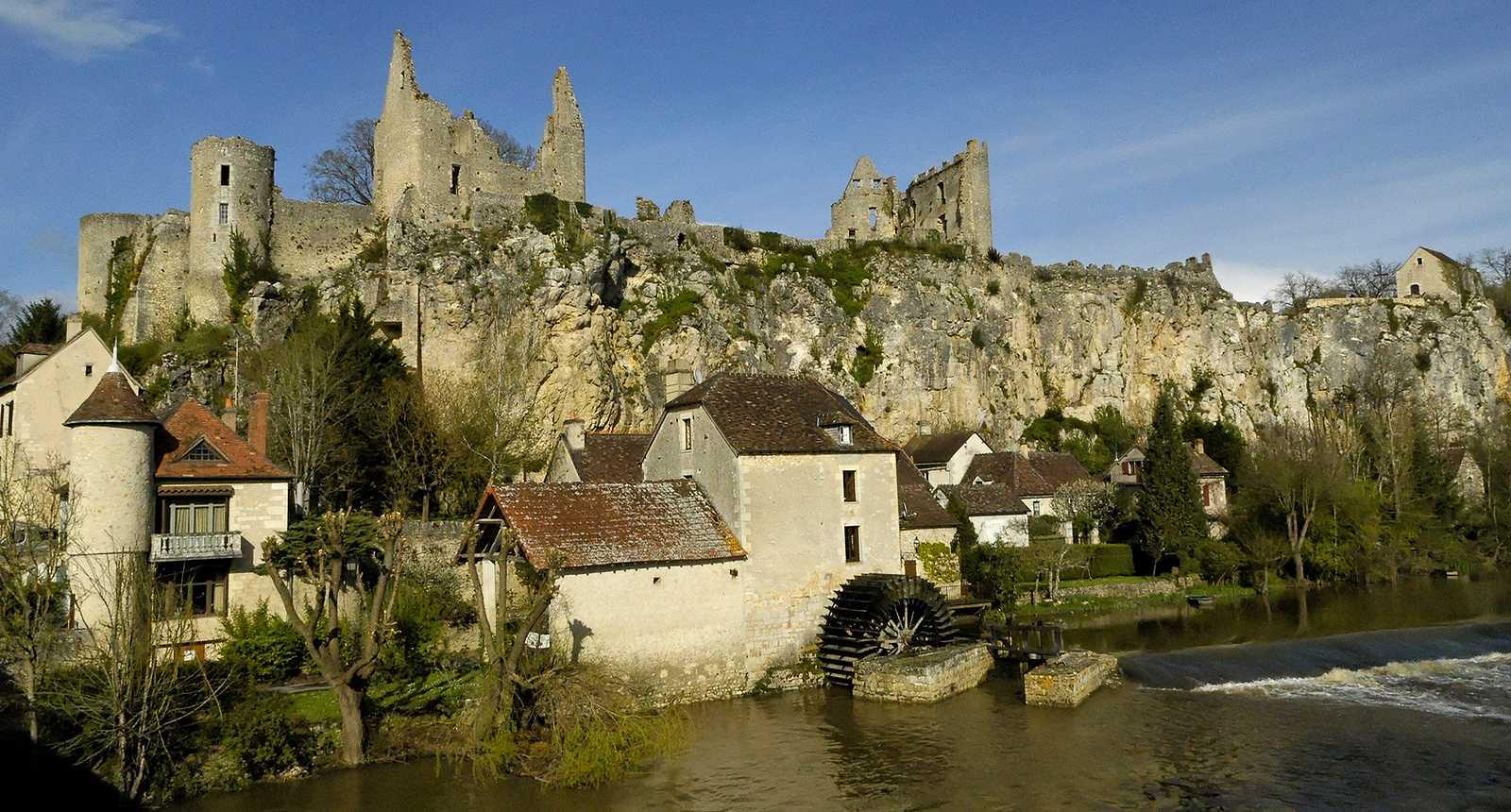 La r gion poitou charentes guide de tourisme photos - Office de tourisme angles sur l anglin ...