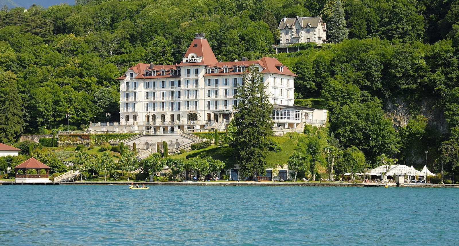 Hôtel au bord du Lac d'Annecy
