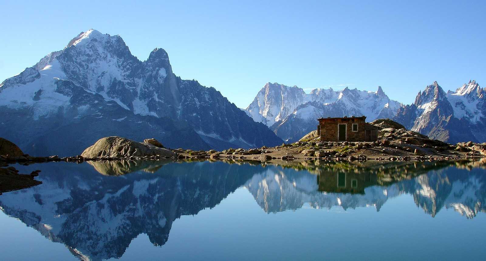 Le Lac Blanc, dans le massif du Mont-Blanc