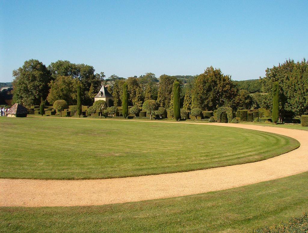 Le nouveau site pour explorer l incroyable diversit de la france - Jardin du manoir d eyrignac ...