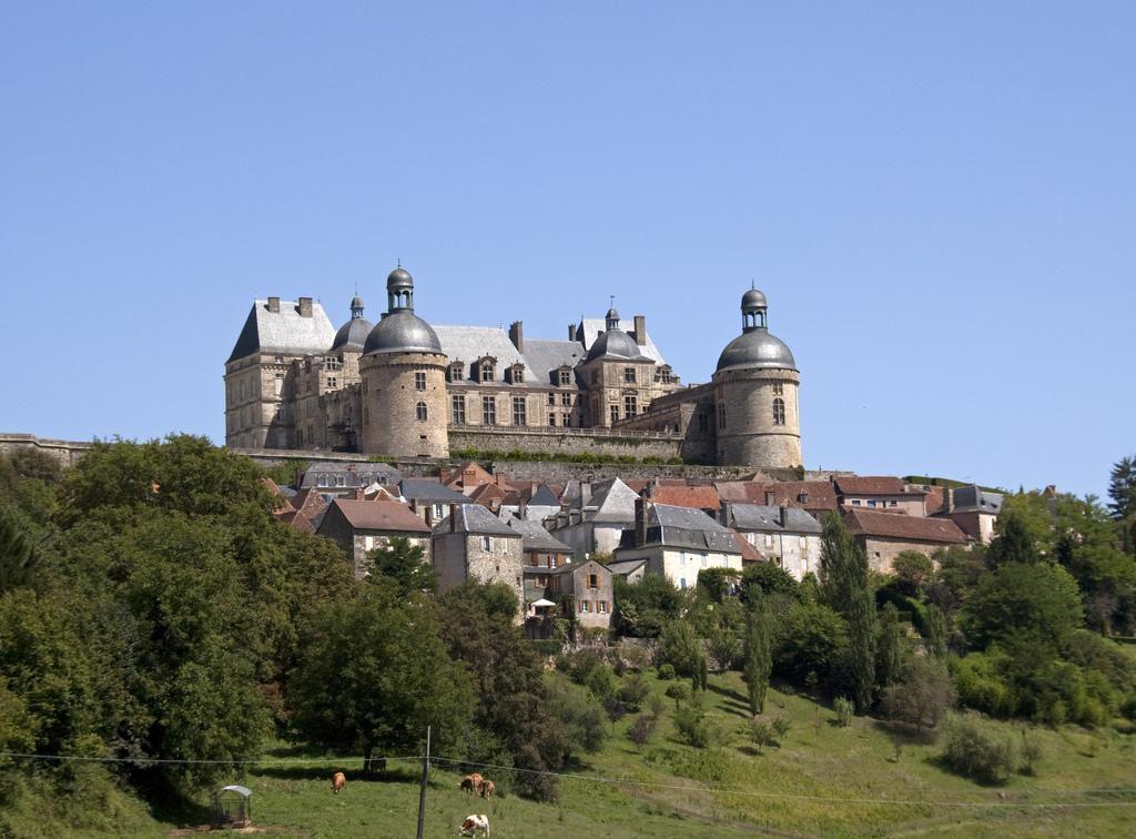 Château_Hautefort