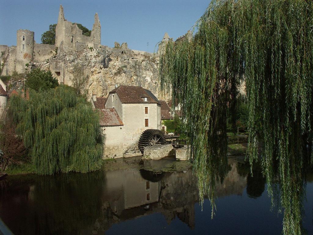 Image : Angles-sur-l'Anglin