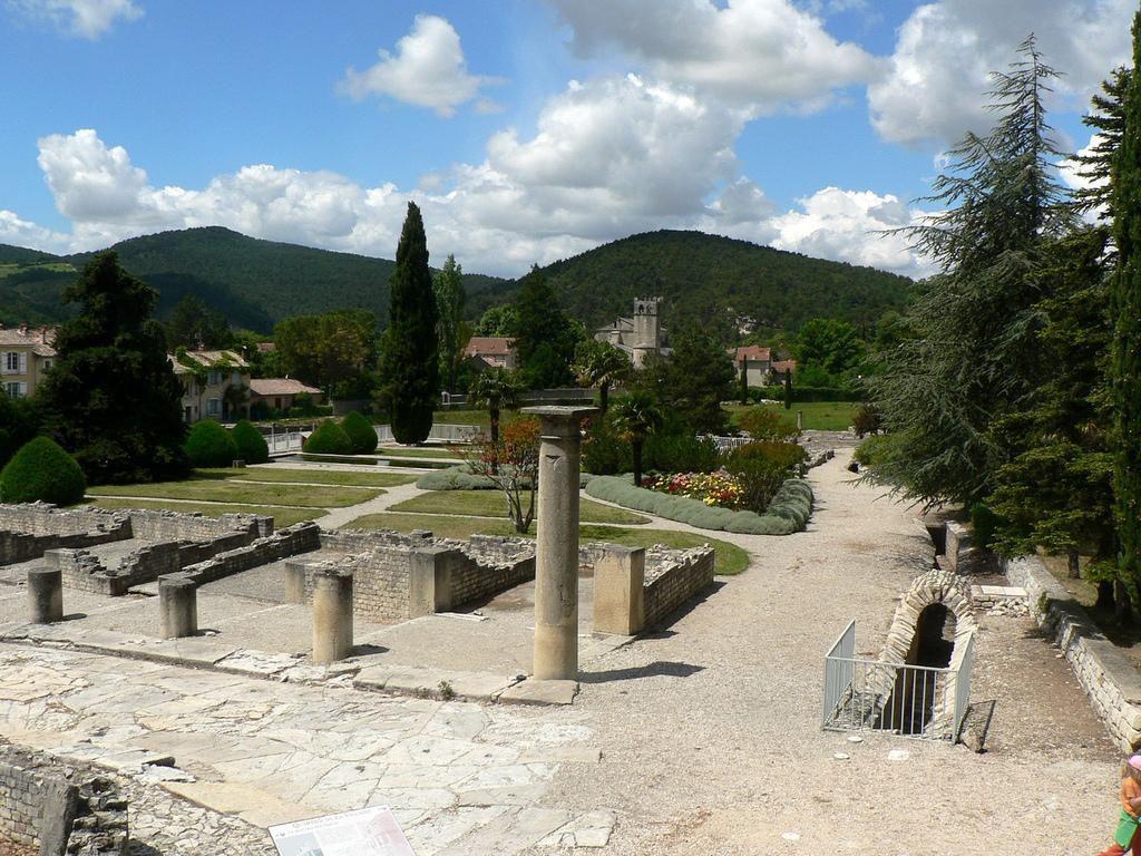 Vestiges gallo-romains_Vaison-la-Romaine