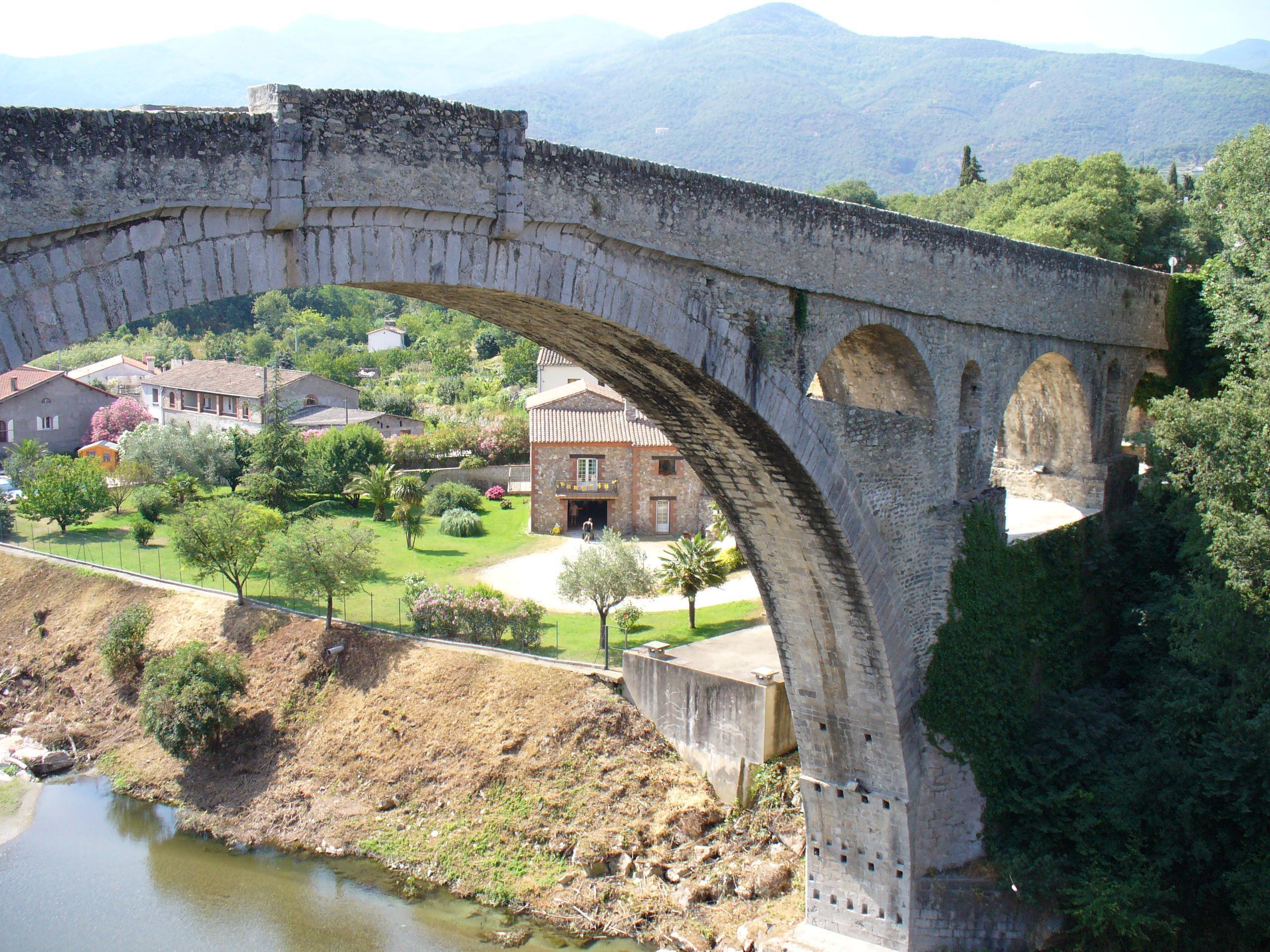 Céret, le Pont du Diable (1)