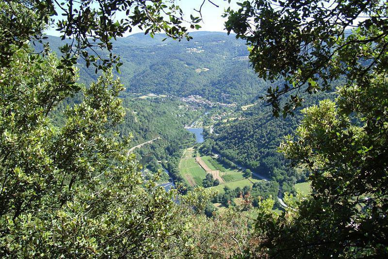 Vue du village des Ollières-sur-Eyrieux