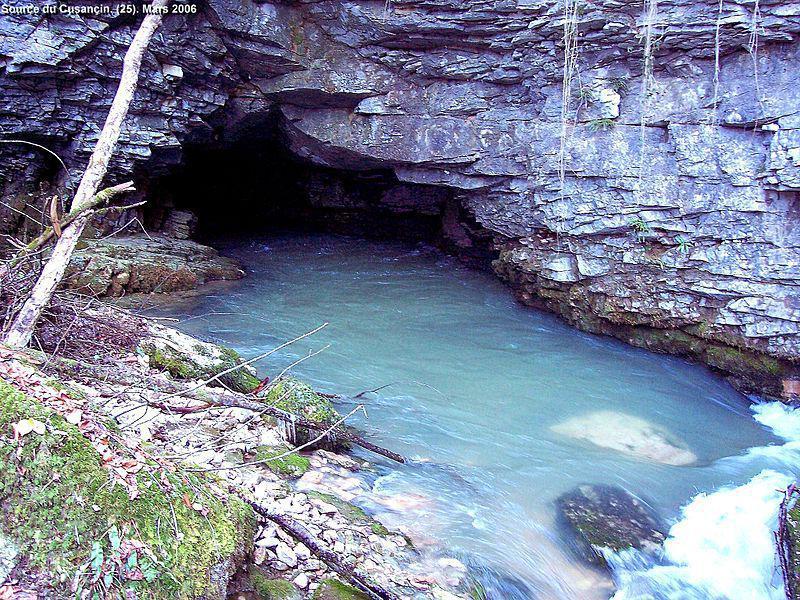 Source bleue du Cusancin