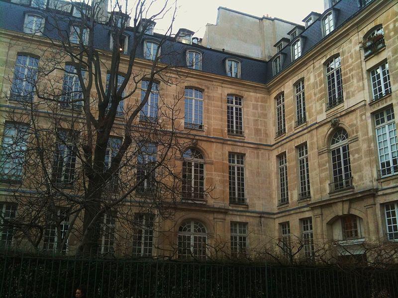 Hôtel Hénault de Cantobre