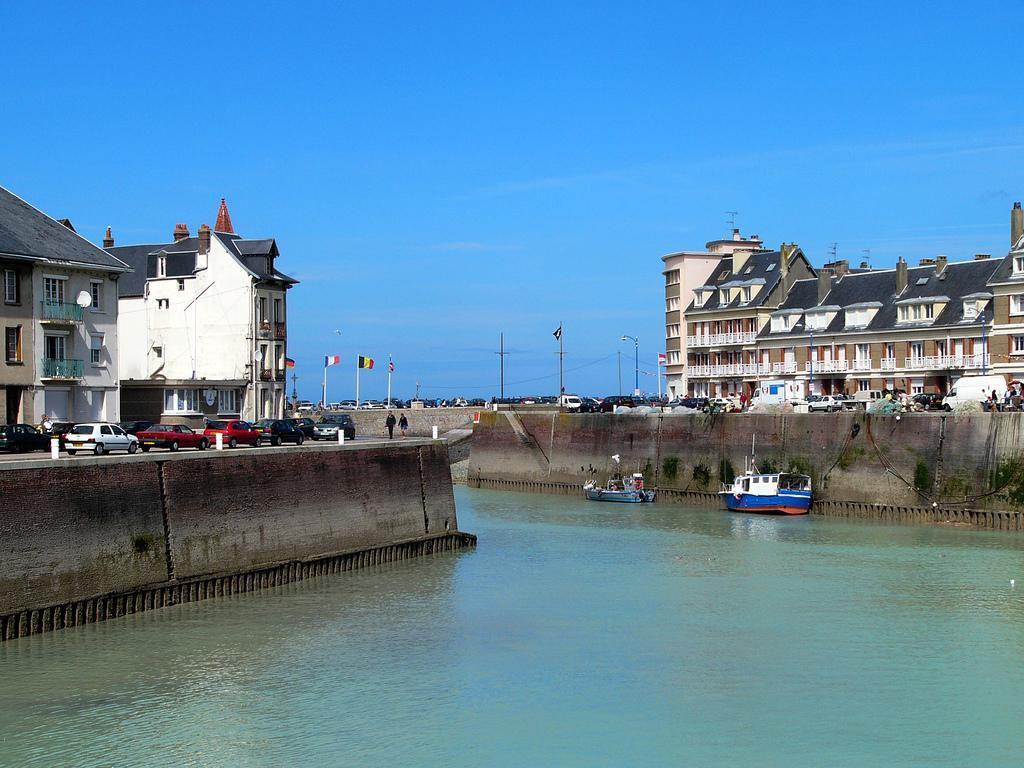 Saint valery en caux saint valery en caux 76460 seine - Port de plaisance saint valery en caux ...