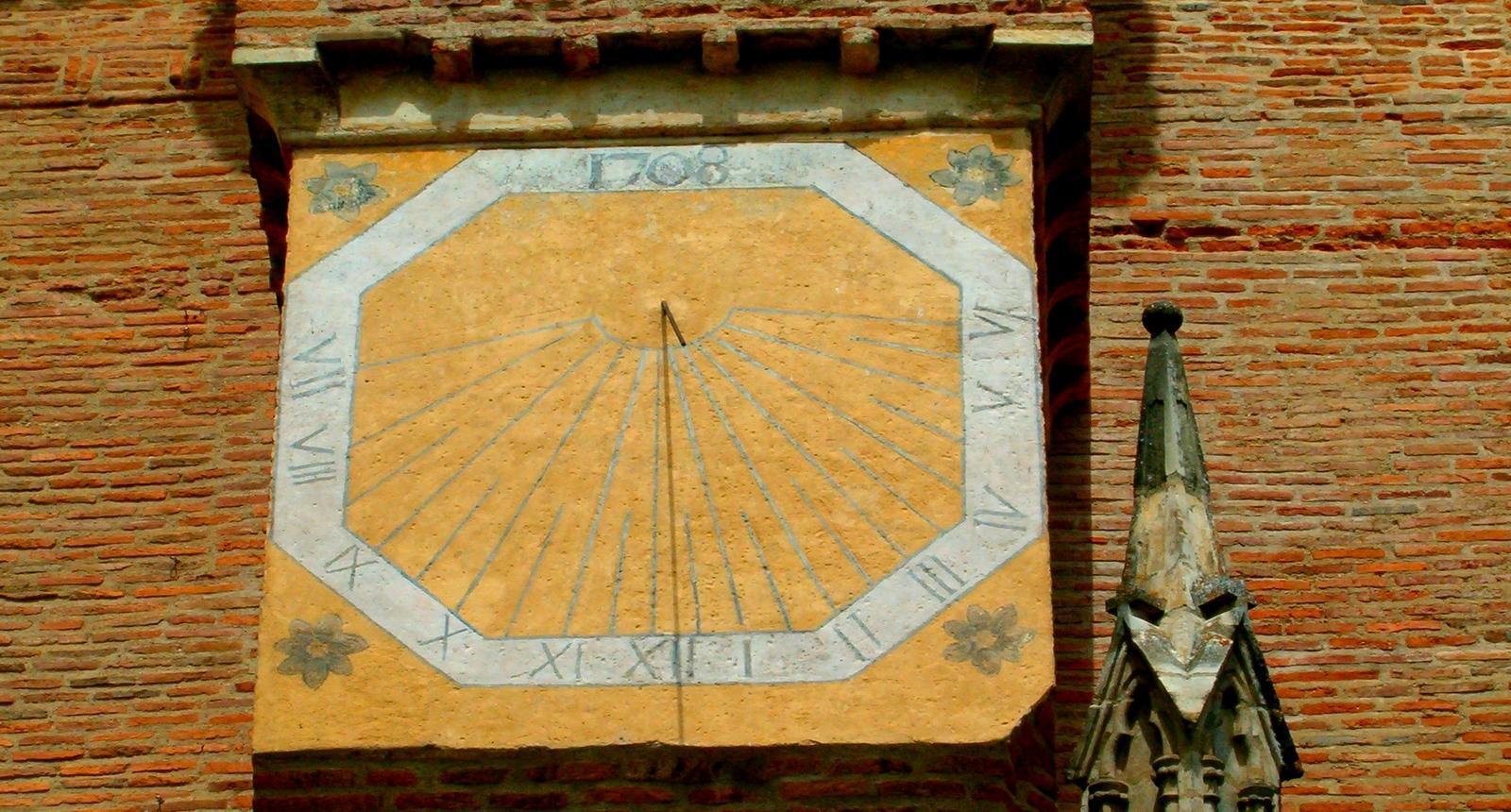 Cadran solaire la cathédrale de Rieux-Volvestre