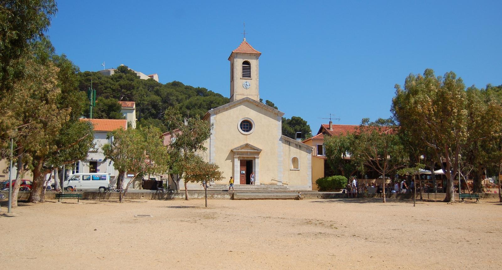 L'église de Porquerolles