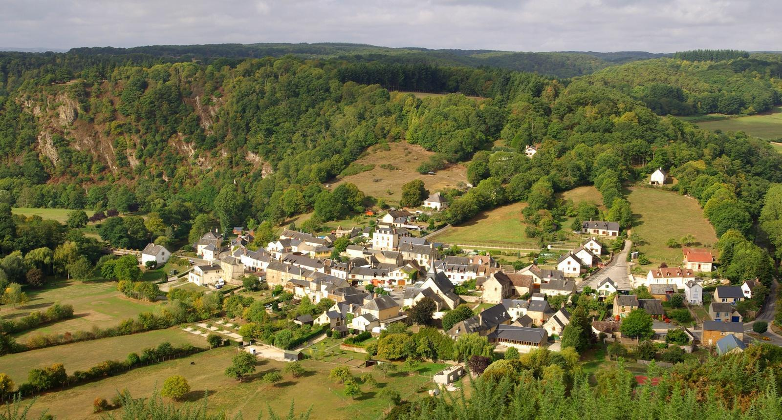 Photo Saint Léonard des Bois 152530 Diaporamas, images, photos # Accrobranche Saint Léonard Des Bois