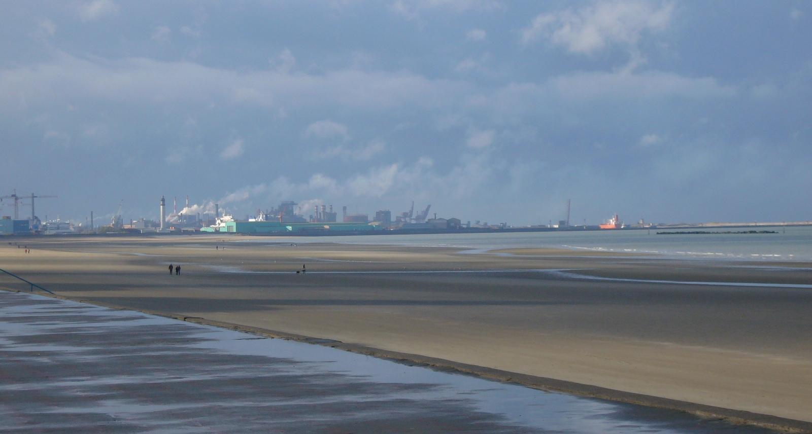 Vue sur le port de Dunkerque