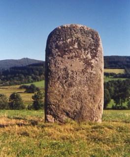 Lacaune, statue-menhir de la Pierre Plantée