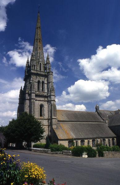 Eglise Saint-Briac de Bourbriac