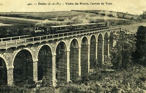 Le viaduc des Pourrhis des Chemins de Fer des Côtes-du-Nord