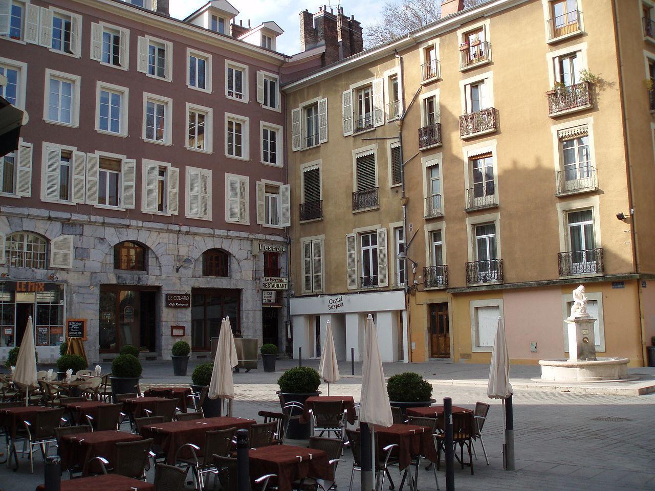 Place de Gordes-Grenoble