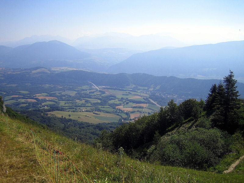 Monestier-de-Clermont (vu depuis le Pas du Serpaton)