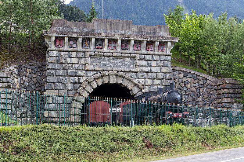 Entrée Monumentale du Tunnel, Ligne Modane-Frontière