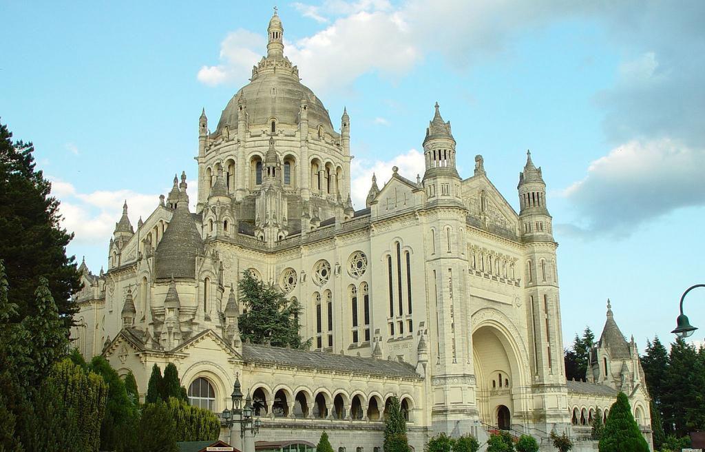Cathédrale Saint-Pierre_Lisieux