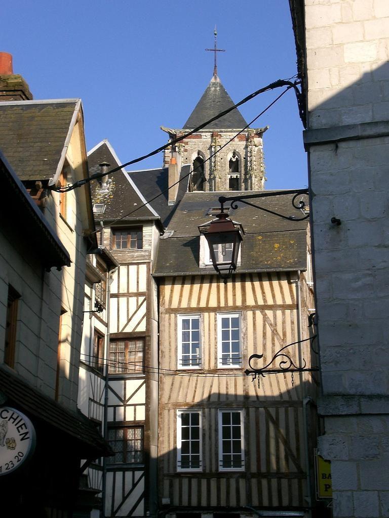 Image : Office de Tourisme** de Pont-Audemer