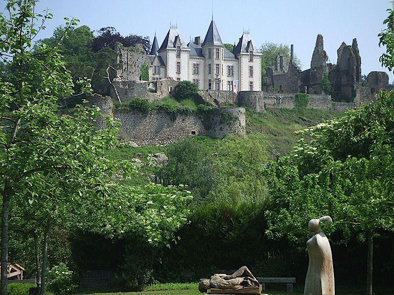 Jardins et châteaux de Bressuire
