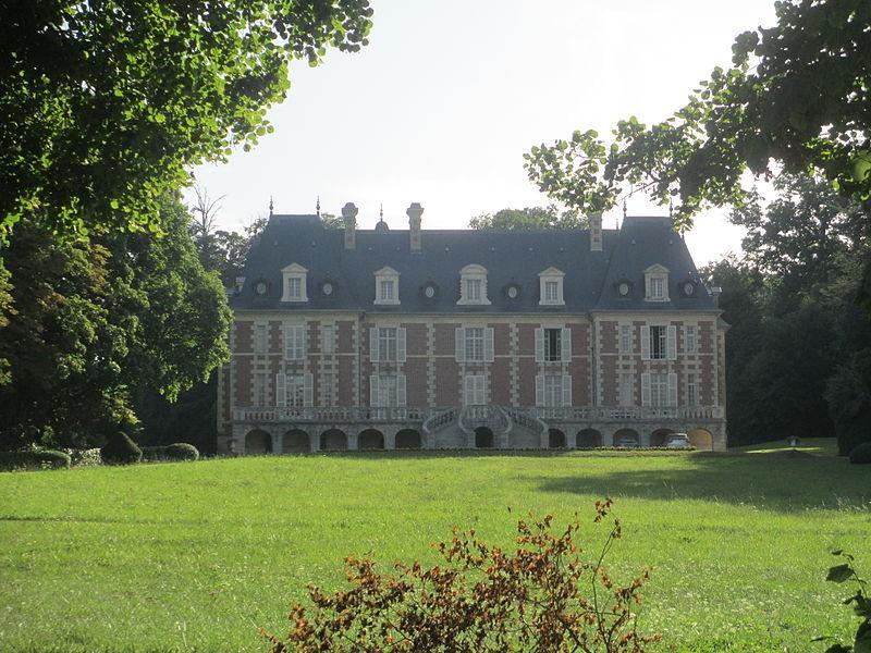 Château de Lonné, à Igé, dans l'Orne.