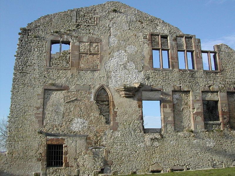 Château de Moyen Qui Qu'En Grogne