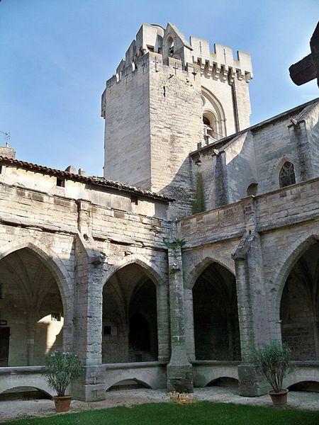 Image : Collégiale et cloître Notre-Dame