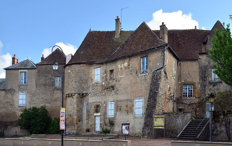 Vielles maisons à Corbigny