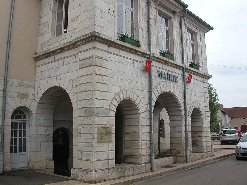Mairie lavoir de Dampierre-sur-salon