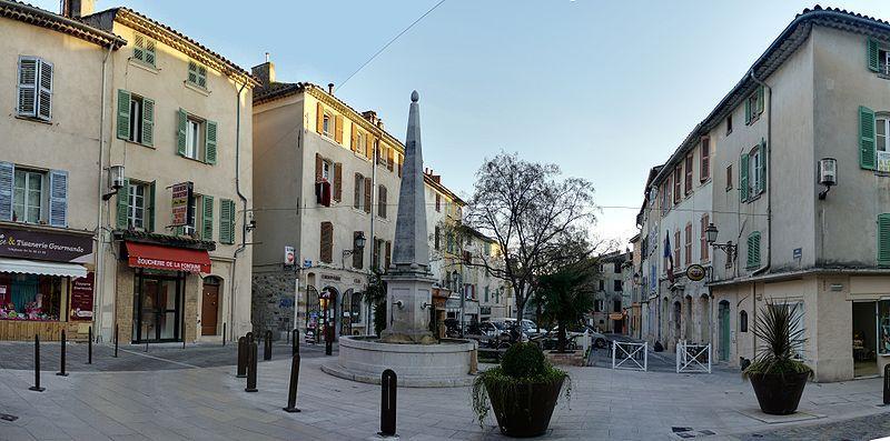 Villes villages hameaux d couvrir var 83 page 15 - Piscine municipale bourg royal toulon ...