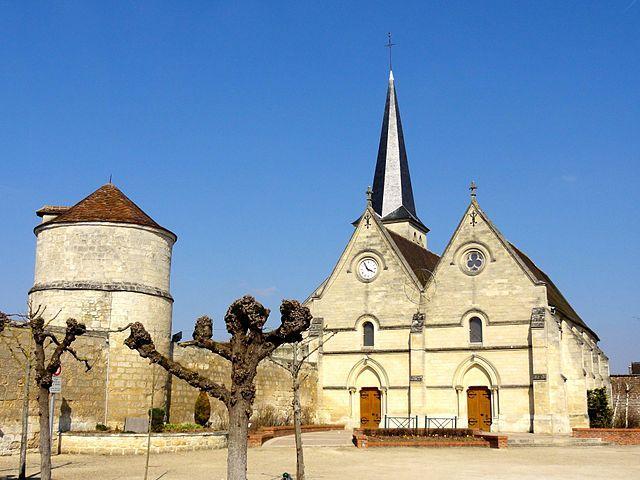 Colombier et Eglise - Lacroix-Saint-ouen
