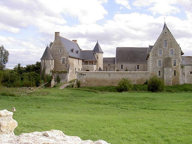 Le Louroux- L'ancienne ferme abbatiale