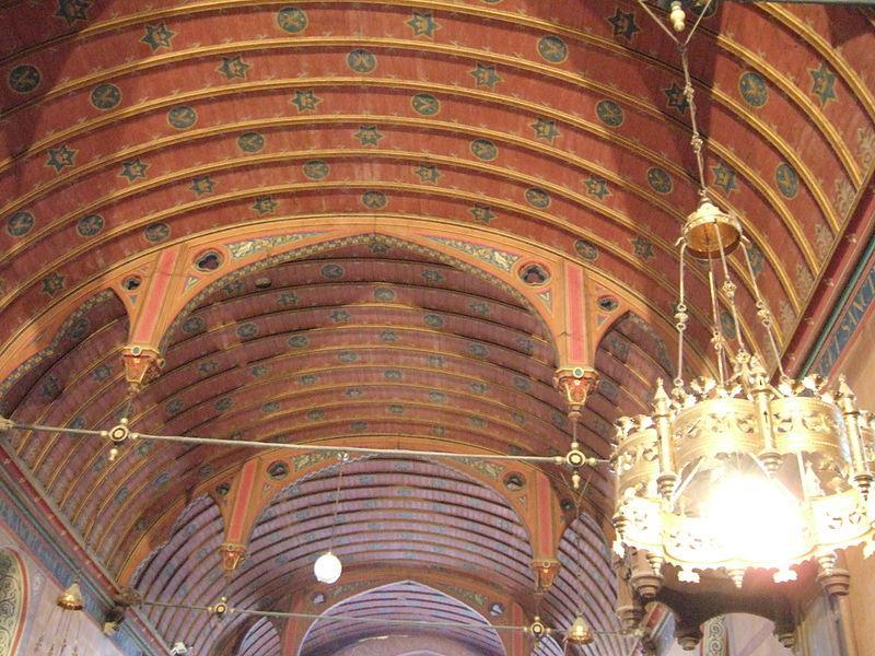 Voûte de l'église Saint Julien de Chevry en Sereine