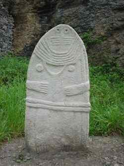 La Dame de Saint-Sernin - Statue menhir - Rodez