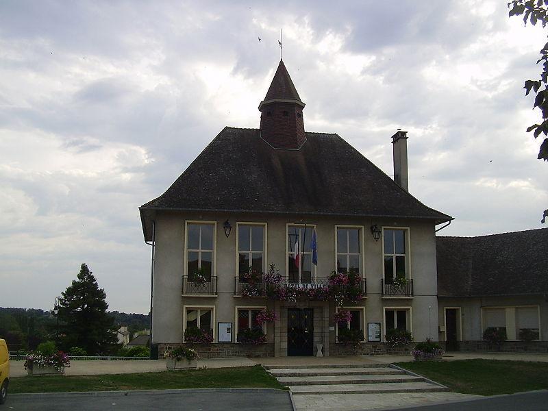 Hôtel de ville de Magnac-Laval