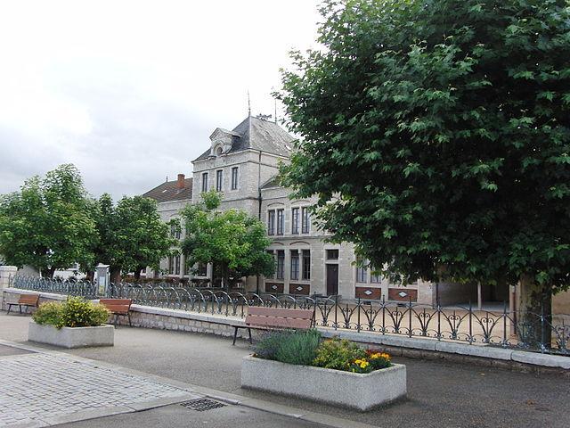 Mairie de Matour
