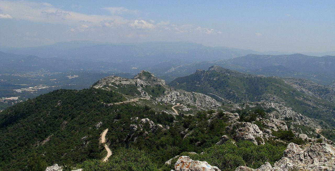 Chaîne de l'Etoile : le Mont Julien