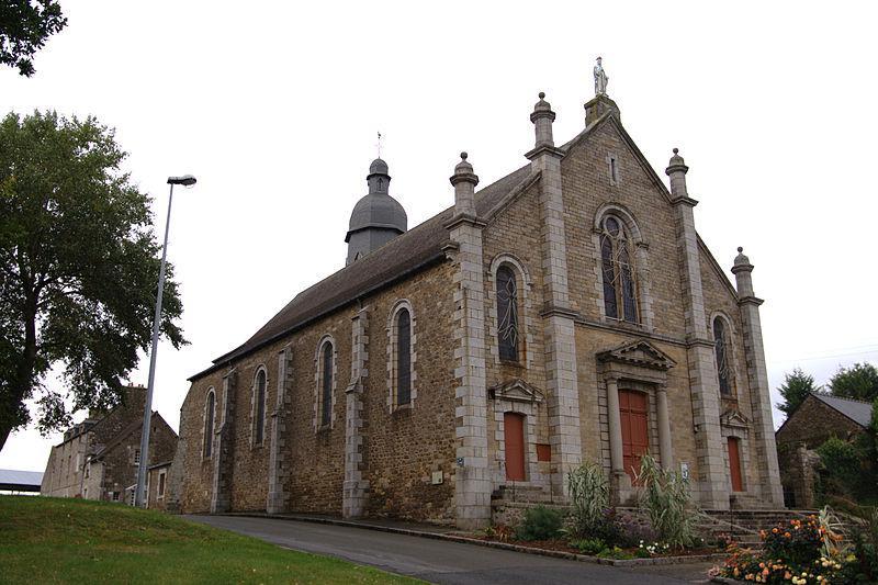Plancoët - Église ND de Nazareth