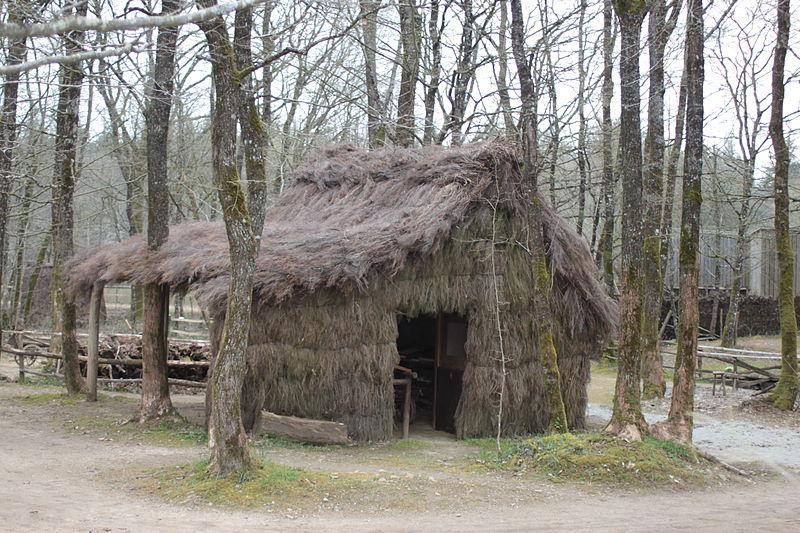 Cabane au refuge de Grasla