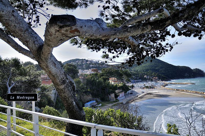 Guide de tourisme par commune saint cyr sur mer 83 - Port de la madrague saint cyr sur mer ...